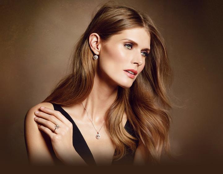 顶级超模演绎周生生2013年珠宝广告大片