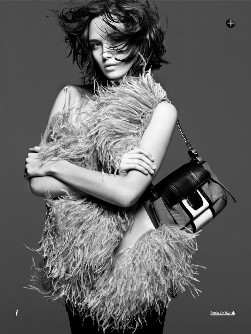 """铩羽而归 """"In Full Plume"""" Caitlin 《Marie Claire》澳大利亚版2013年9月刊时尚大片"""