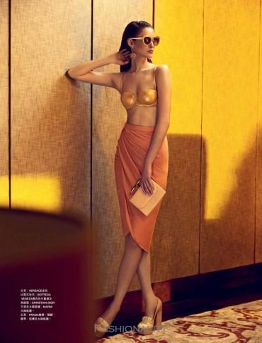 """誘惑一夏 """"Sexy Summer"""" Franzi Müller 《Harper's Bazaar》新加坡版2013年8月刊时尚大片"""