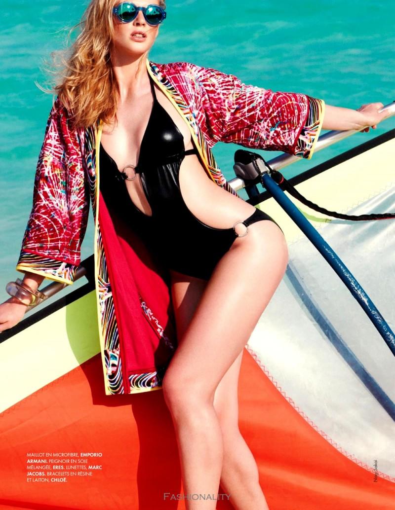 沙灘運動 Anne Vyalitsyna 《Elle》2013年法国版时尚大片