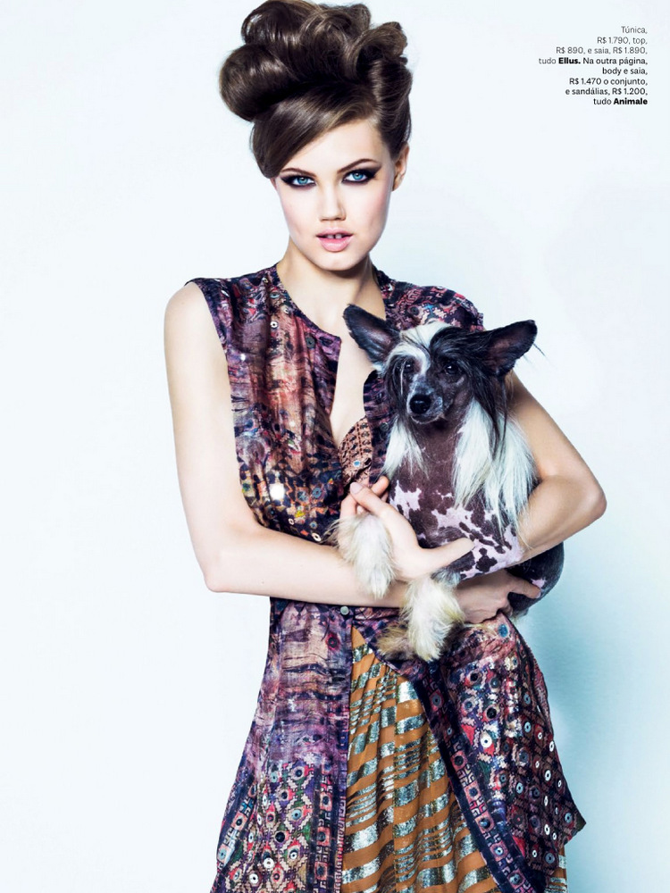 Lindsey Wixson for 《Vogue》巴西版2013年8月刊时尚大片