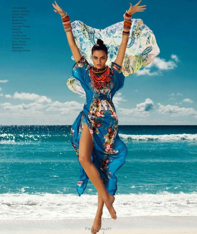 色彩爛漫的季節 Barbara Fialho By Danny Cardozo For 《Harper's Bazaar》墨西哥版时尚大片