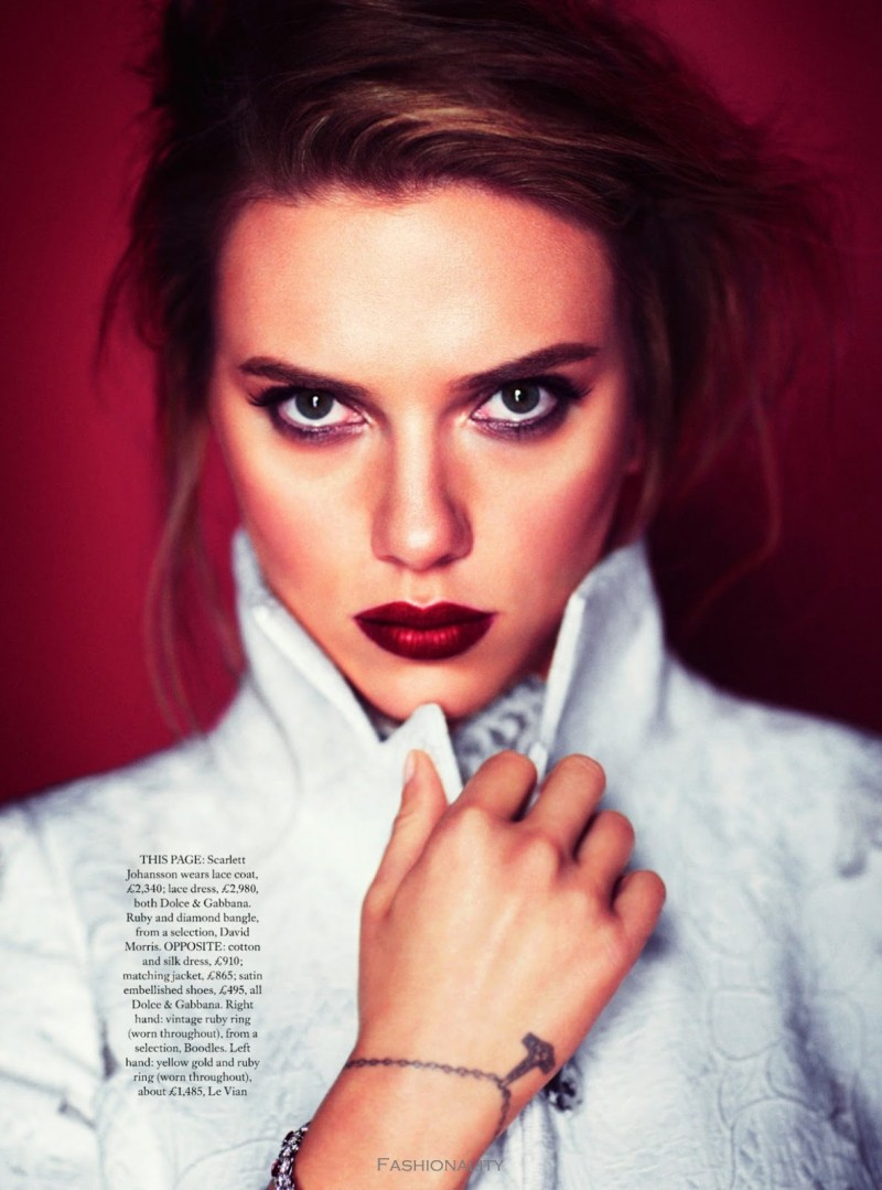 "全心全意 ""Heart And Soul"" Scarlett Johansson For 《Harper's Bazaar》英国版2013年10月刊时尚大片"