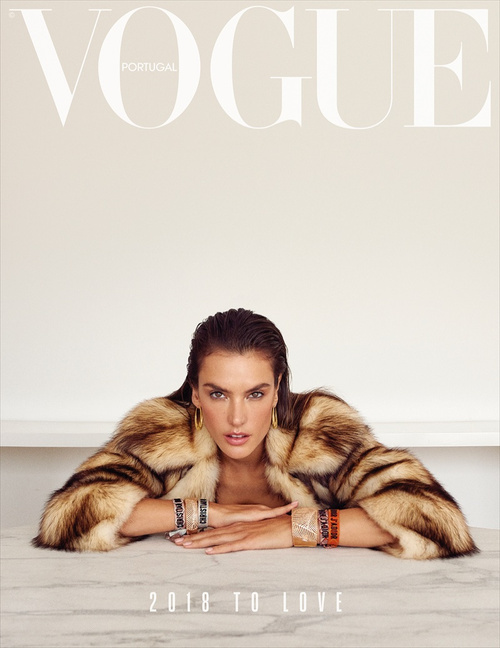 Alessandra Ambrosio for 葡萄牙版《Vogue》2018年1月刊